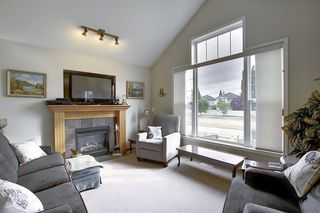 Photo 12: 16034 EVERSTONE Road SW in Calgary: Evergreen Detached for sale : MLS®# A1054411