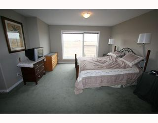 Photo 8:  in CALGARY: Valley Ridge Residential Detached Single Family for sale (Calgary)  : MLS®# C3258868