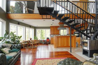 Photo 5: 7441 Mark in Victoria: CS Willis Point House for sale (Central Saanich)