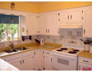 """Photo 4: 11259 GLEN AVON Drive in Surrey: Bolivar Heights House for sale in """"BIRDLAND/ELLENDALE"""" (North Surrey)  : MLS®# F2716067"""