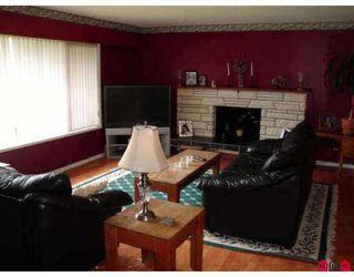 """Photo 2: 11259 GLEN AVON Drive in Surrey: Bolivar Heights House for sale in """"BIRDLAND/ELLENDALE"""" (North Surrey)  : MLS®# F2716067"""