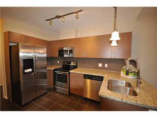 Photo 2: # 52 2239 KINGSWAY BB in Vancouver: Victoria VE Condo for sale (Vancouver East)  : MLS®# V875920