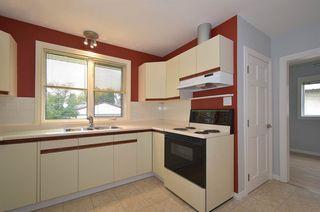 Photo 8: 11840 ST ALBERT Trail in Edmonton: Zone 04 House for sale : MLS®# E4177509