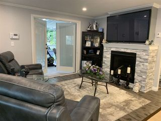 """Photo 9: 7 2315 198 Street in Langley: Brookswood Langley Manufactured Home for sale in """"Dear Creek Estates"""" : MLS®# R2414714"""