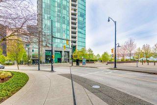 "Photo 2: 503 277 THURLOW Street in Vancouver: Coal Harbour Condo for sale in ""THREE HARBOUR GREEN"" (Vancouver West)  : MLS®# R2421456"