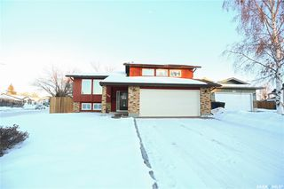 Photo 2: 530 Sherry Place in Saskatoon: Parkridge SA Residential for sale : MLS®# SK798591