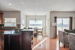 Photo 2: 1638 STRATHCONA Drive SW in Calgary: Strathcona Park Detached for sale : MLS®# C4288398