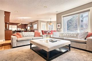 Photo 11: 317 EDGEVIEW Place NW in Calgary: Edgemont Detached for sale : MLS®# A1017942