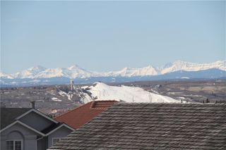 Photo 2: 317 EDGEVIEW Place NW in Calgary: Edgemont Detached for sale : MLS®# A1017942