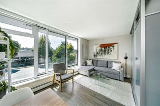 "Photo 8: 213 1783 MANITOBA Street in Vancouver: False Creek Condo for sale in ""THE RESIDENCES AT WEST"" (Vancouver West)  : MLS®# R2487001"