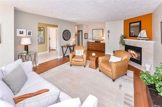 Photo 8: 2122 Granite St in : OB South Oak Bay Row/Townhouse for sale (Oak Bay)  : MLS®# 855155