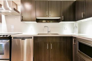 "Photo 11: 414 500 ROYAL Avenue in New Westminster: Downtown NW Condo for sale in ""DOMINION"" : MLS®# R2512914"