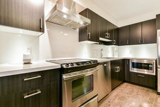 "Photo 14: 414 500 ROYAL Avenue in New Westminster: Downtown NW Condo for sale in ""DOMINION"" : MLS®# R2512914"