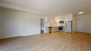 """Photo 4: 608 37881 CLEVELAND Avenue in Squamish: Downtown SQ Condo for sale in """"The Main"""" : MLS®# R2517930"""