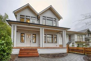 Photo 1: 1860 E 7TH Avenue in Vancouver: Grandview Woodland 1/2 Duplex for sale (Vancouver East)  : MLS®# R2528547