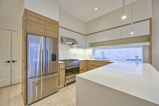 Photo 6: 1860 E 7TH Avenue in Vancouver: Grandview Woodland 1/2 Duplex for sale (Vancouver East)  : MLS®# R2528547