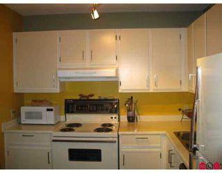 "Photo 7: 304 15130 ROPER Avenue in White_Rock: White Rock Condo for sale in ""THE CARRINGTON"" (South Surrey White Rock)  : MLS®# F2717677"