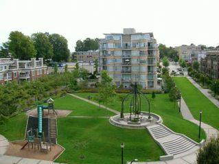 """Photo 7: 615 2228 MARSTRAND AV in Vancouver: Kitsilano Condo for sale in """"THE SOLO"""" (Vancouver West)  : MLS®# V605983"""