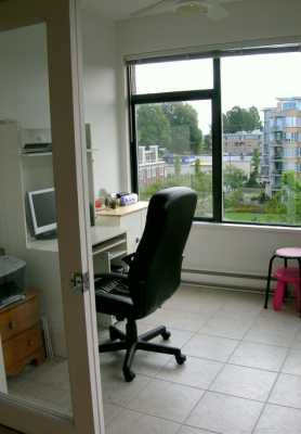 """Photo 5: 615 2228 MARSTRAND AV in Vancouver: Kitsilano Condo for sale in """"THE SOLO"""" (Vancouver West)  : MLS®# V605983"""