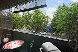 Photo 14: 208 1516 CHARLES Street in Vancouver: Grandview Woodland Condo for sale (Vancouver East)  : MLS®# R2390943