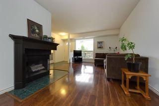 Photo 2: 11218 18 Avenue in Edmonton: Zone 16 Carriage for sale : MLS®# E4170007