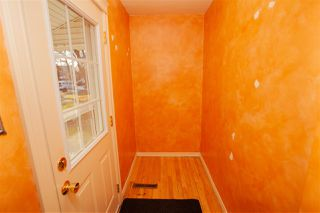 Photo 3: 9532 75 Avenue in Edmonton: Zone 17 House for sale : MLS®# E4180207