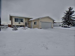 Photo 1: 3203 35 Street in Edmonton: Zone 29 House for sale : MLS®# E4184093
