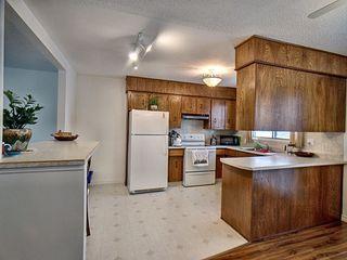 Photo 5: 3203 35 Street in Edmonton: Zone 29 House for sale : MLS®# E4184093