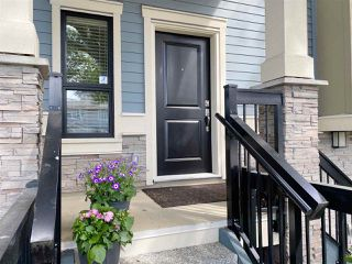 """Photo 3: 5 6028 MAPLE Road in Richmond: Woodwards Townhouse for sale in """"HARRINGTON COURT"""" : MLS®# R2455296"""