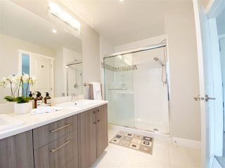 """Photo 20: 5 6028 MAPLE Road in Richmond: Woodwards Townhouse for sale in """"HARRINGTON COURT"""" : MLS®# R2455296"""