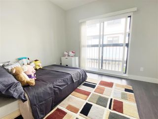 """Photo 14: 5 6028 MAPLE Road in Richmond: Woodwards Townhouse for sale in """"HARRINGTON COURT"""" : MLS®# R2455296"""
