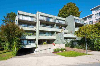 "Photo 2: 206 2119 BELLEVUE Avenue in West Vancouver: Dundarave Condo for sale in ""Bellevue Gardens"" : MLS®# R2480654"