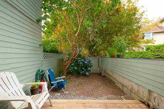 "Photo 9: 206 2119 BELLEVUE Avenue in West Vancouver: Dundarave Condo for sale in ""Bellevue Gardens"" : MLS®# R2480654"