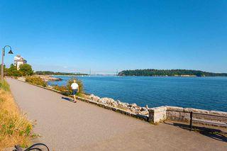 "Photo 19: 206 2119 BELLEVUE Avenue in West Vancouver: Dundarave Condo for sale in ""Bellevue Gardens"" : MLS®# R2480654"