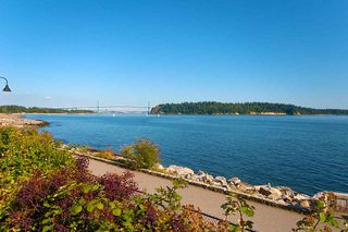 "Photo 18: 206 2119 BELLEVUE Avenue in West Vancouver: Dundarave Condo for sale in ""Bellevue Gardens"" : MLS®# R2480654"