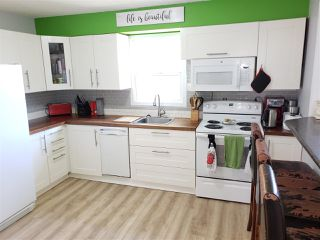 Photo 2: 679 GILLETT Street in Prince George: Central House for sale (PG City Central (Zone 72))  : MLS®# R2502802