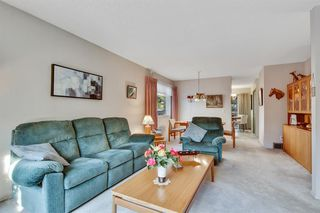Photo 4: 43 140 Strathaven Circle SW in Calgary: Strathcona Park Semi Detached for sale : MLS®# A1041075