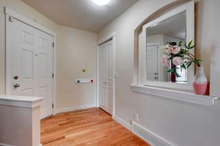 Photo 5: 113 Chapalina Heights SE in Calgary: Chaparral Detached for sale : MLS®# A1059196