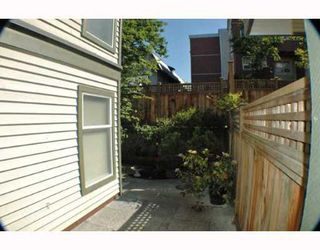 Photo 6: 106 888 W 13TH Avenue in Vancouver: Fairview VW Condo for sale (Vancouver West)  : MLS®# V649268