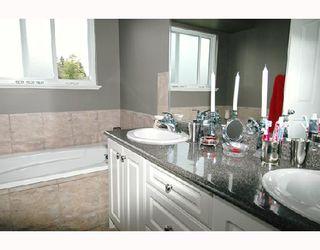 Photo 8: 23732 116TH Avenue in Maple_Ridge: Cottonwood MR House for sale (Maple Ridge)  : MLS®# V655432