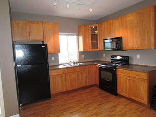 Photo 2: 35588 DINA PL in ABBOTSFORD: Abbotsford East Condo for rent (Abbotsford)