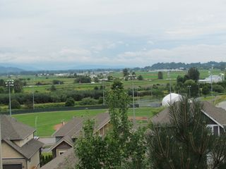 Photo 10: 35588 DINA PL in ABBOTSFORD: Abbotsford East Condo for rent (Abbotsford)