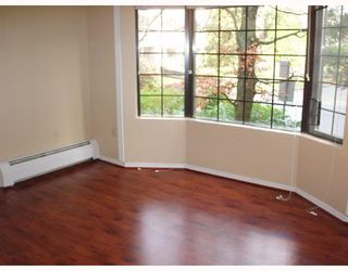 """Photo 6: 308 2320 W 40TH Avenue in Vancouver: Kerrisdale Condo for sale in """"MANOR GARDENS"""" (Vancouver West)  : MLS®# V678484"""
