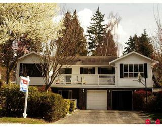 """Photo 1: 2422 124TH Street in White_Rock: Crescent Bch Ocean Pk. House for sale in """"Ocean Park ,Crescent Heights"""" (South Surrey White Rock)  : MLS®# F2808174"""