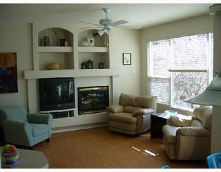 """Photo 2: 24372 101A Avenue in Maple_Ridge: Albion House for sale in """"COUNTRY LANE"""" (Maple Ridge)  : MLS®# V698078"""
