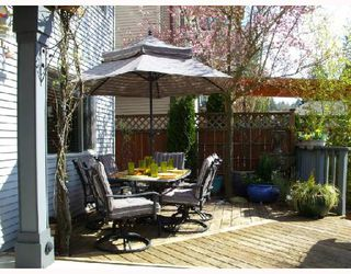 """Photo 9: 24372 101A Avenue in Maple_Ridge: Albion House for sale in """"COUNTRY LANE"""" (Maple Ridge)  : MLS®# V698078"""