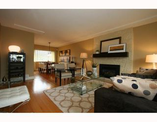"""Photo 2: 4847 BRENTLAWN Drive in Burnaby: Brentwood Park House for sale in """"BRENTWOOD PARK"""" (Burnaby North)  : MLS®# V709775"""