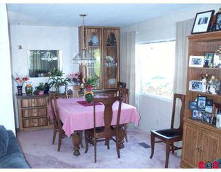 "Photo 3: 8254 134 Street in Surrey: Queen Mary Park Surrey Manufactured Home for sale in ""Westwood Estates"" : MLS®# F2622406"