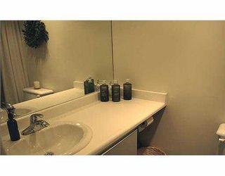 """Photo 8: 1631 VINE Street in Vancouver: Kitsilano Condo for sale in """"VINE GARDENS"""" (Vancouver West)  : MLS®# V629429"""