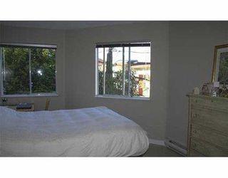 """Photo 5: 1631 VINE Street in Vancouver: Kitsilano Condo for sale in """"VINE GARDENS"""" (Vancouver West)  : MLS®# V629429"""